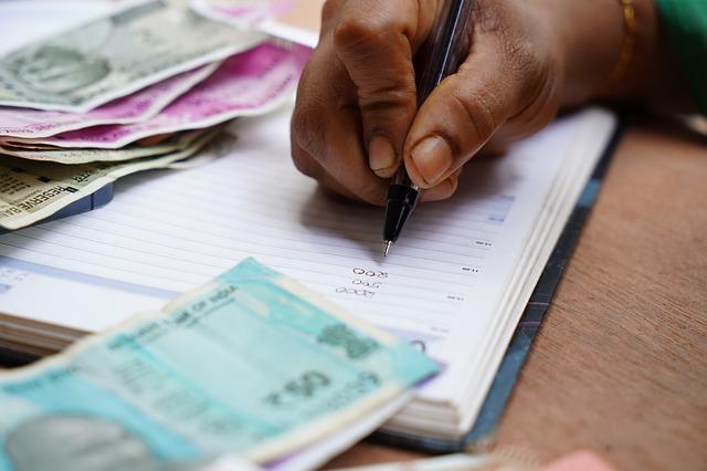 Oración para los alivios financieros